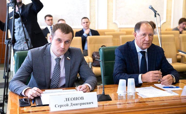 Дмитрий Шатохин иВиктор Абрамов