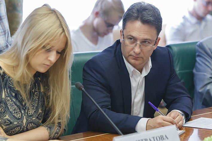 25-07-2014 Cовещание Комитета общественной поддержки жителей Юго-Востока Украины по вопросу оказания помощи беженцам 14