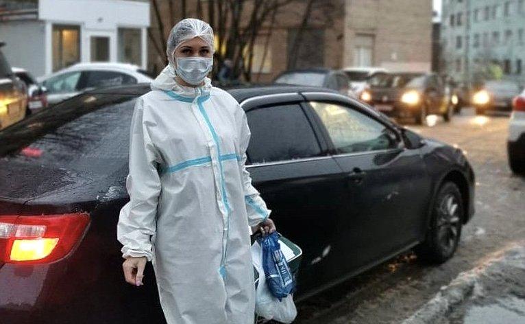 Татьяна Кусайко приняла участие воказании помощи работникам Мурманской городской детской поликлиники