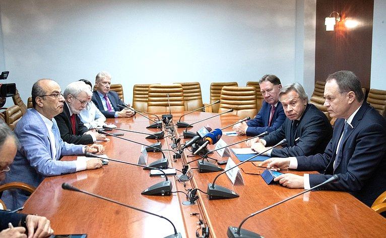 Встреча А. Пушкова спредставителями иностранных СМИ