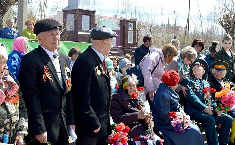 Сергей Михайлов принял участие впраздничных мероприятиях, посвящённых 74-й годовщине Победы вВеликой Отечественной войне, которые прошли вНерчинске