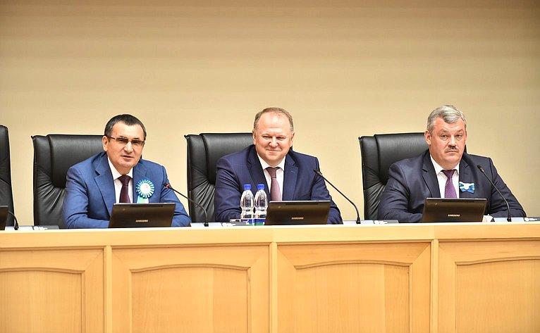 Н. Федоров принял участие вторжественном собранииактива Республики Коми