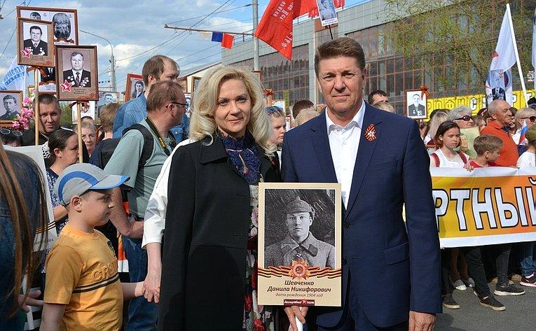 А. Шевченко принял участие вторжественном параде вгороде Оренбурге ишествии «Бессмертного полка»