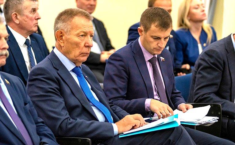 Дмитрий Шатохин принял участие вовстрече сруководством иколлективом промышленных предприятий Кировской области