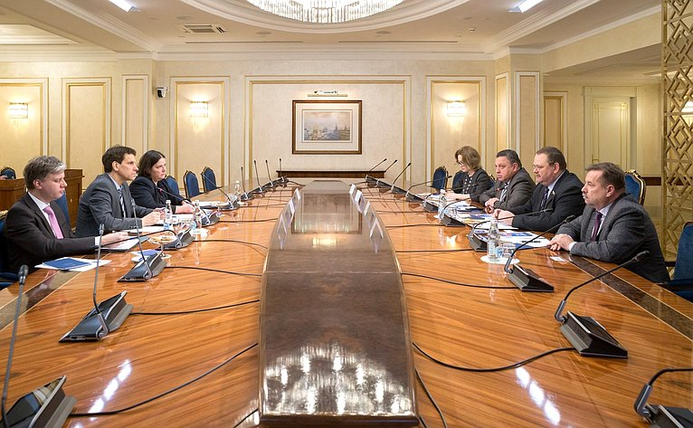 Встреча Олега Мельниченко сисполнительным директором ичленом правления Германо-Российского форума Мартином Хоффманном