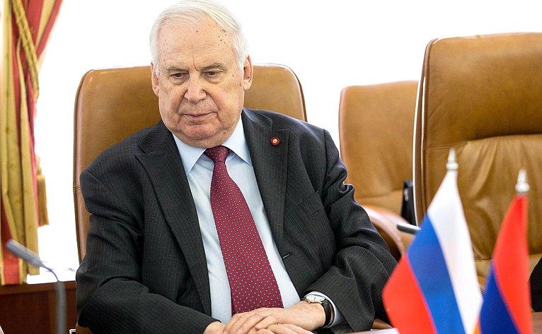 Н.Рыжков