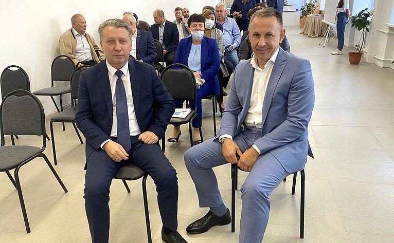Олег Алексеев врамках работы врегионе посетил Энгельсский район