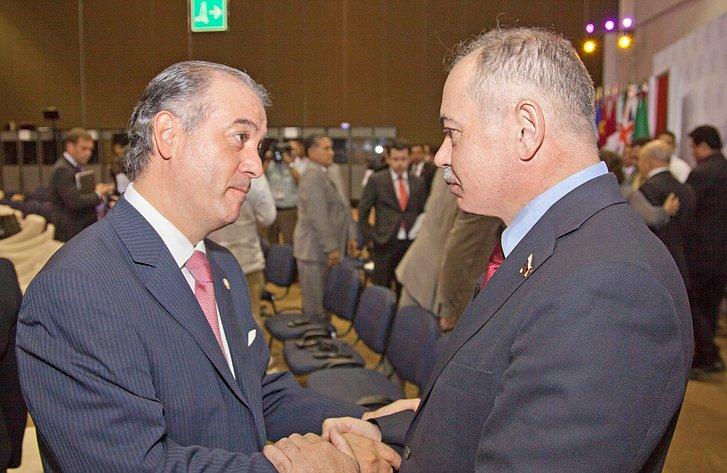 Умаханов с представителем из Мексики. АТПФ в Мексике