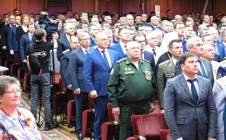 Алексей Кондратенко поздравил ветеранов Кубани сДнем защитника Отечества