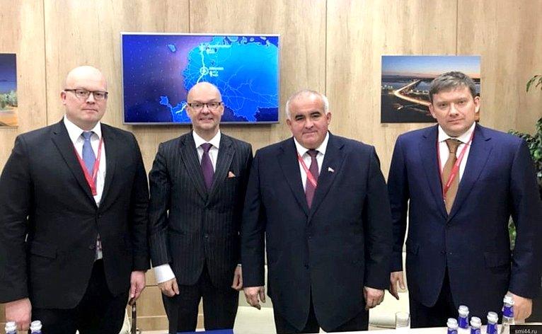 Н. Журавлев принял участие вПетербургском международном экономическом форуме