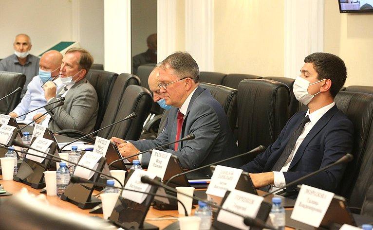 Заседание Совета поразвитию финансового рынка натему «Роль финансового сектора вреализации общенационального плана действий, обеспечивающих восстановление занятости идоходов населения, рост экономики идолгосрочные структурные изменения»