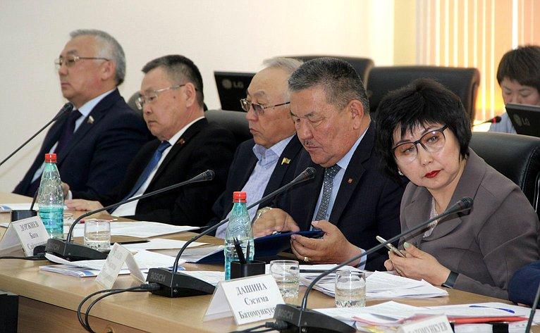 Баир Жамсуев принял участие взаседании организационного комитета поподготовке ипроведению фестиваля