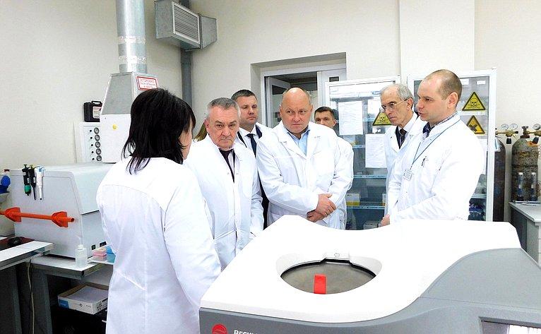 Владимир Бекетов иАлексей Кондратенко посетили Федеральное государственное бюджетное учреждение «Краснодарская межобластная ветеринарная лаборатория»