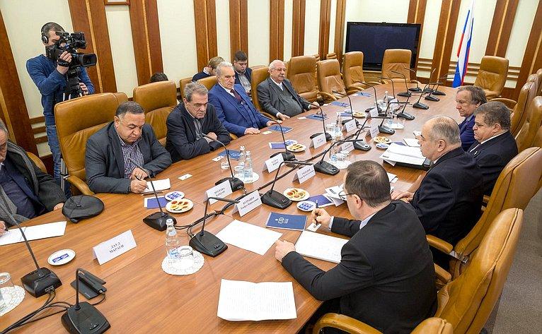 Встреча И. Умаханова сделегацией Прогрессивного арабского фронта