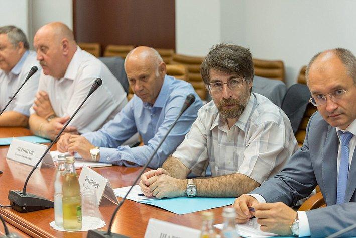 Заседание рабочей группы Экспертного совета при СФ по законодательному обеспечению ОПК и ВТС