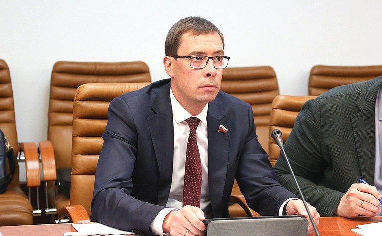Сергей Калашник