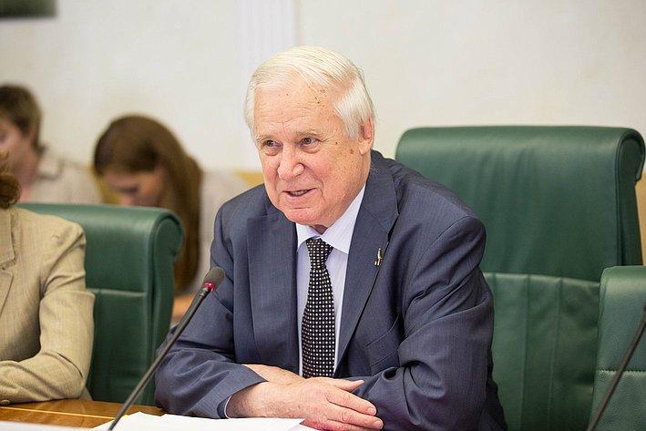 В Совете Федерации состоялось заседание Комитета общественной поддержки жителей Юго-Востока Украины- 1 Рыжков