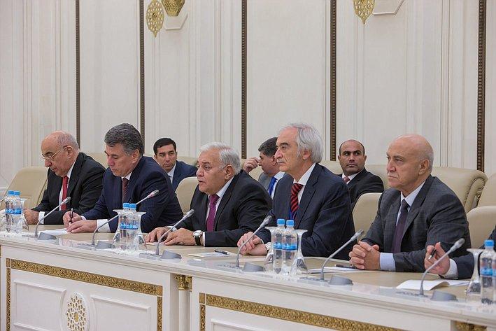 Азербайджанские парламентарии