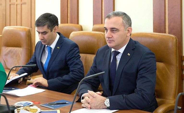 Встреча И. Умаханов спослом Туркмении