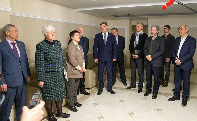 Церемония открытия фотовыставки «Сохраним Пальмиру вместе»