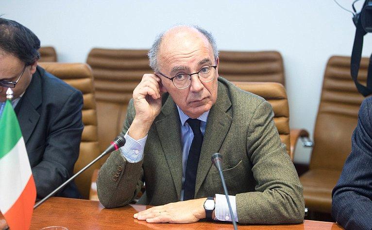 Встреча А. Башкина сректором Туринского университета Д. Айани