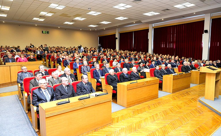 Вадим Николаев принял участие врасширенном заседании Правительственной комиссии повопросам агропромышленного комплекса