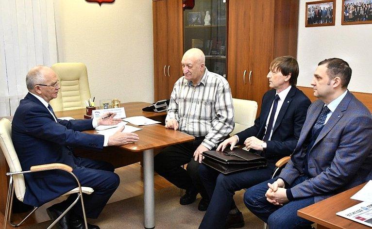 Фарит Мухаметшин провел прием граждан поличным вопросам