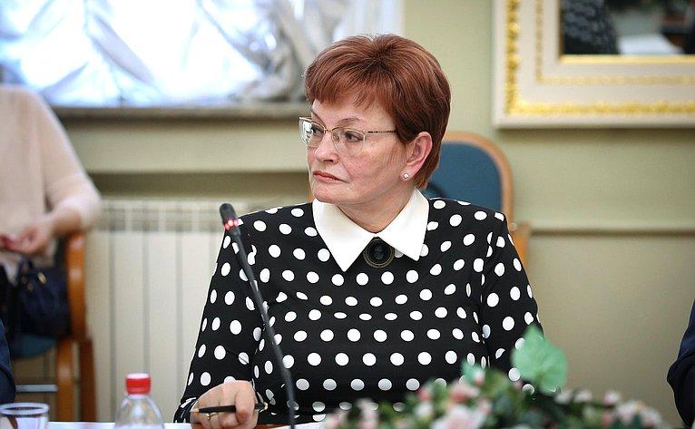 Заседание комиссии Совета законодателей пообразованию инауке