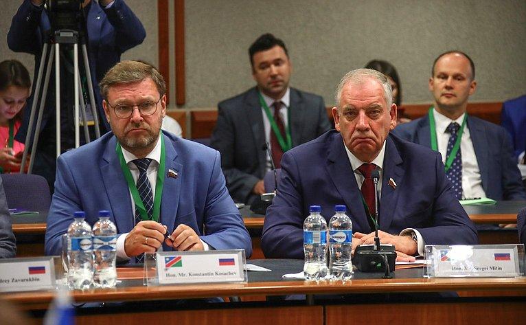 Константин Косачев иСергей Митин