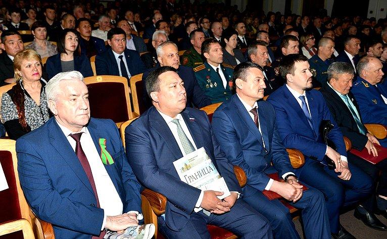 В. Полетаев принял участие вмероприятиях, посвященных 100-летию содня учреждения пограничной охраны иДню пограничника