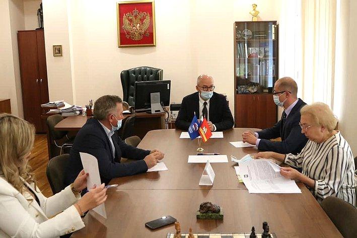 Олег Цепкин врамках поездки врегион обсудил реализацию проекта «Шахматный всеобуч»