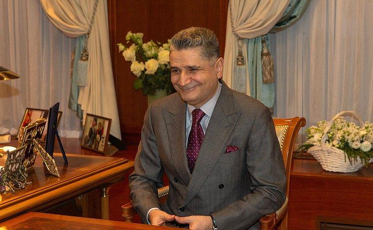 В. Матвиенко провела встречу спредседателем Коллегии Евразийской экономической комиссии Т. Саркисяном