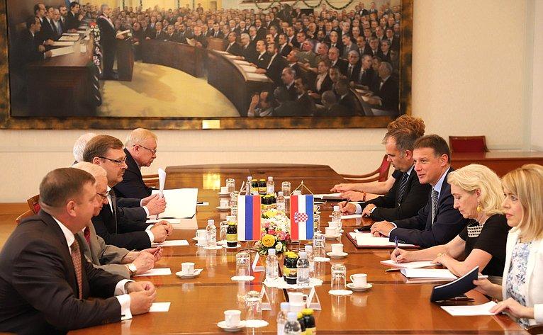 Визит делегации СФ вХорватию