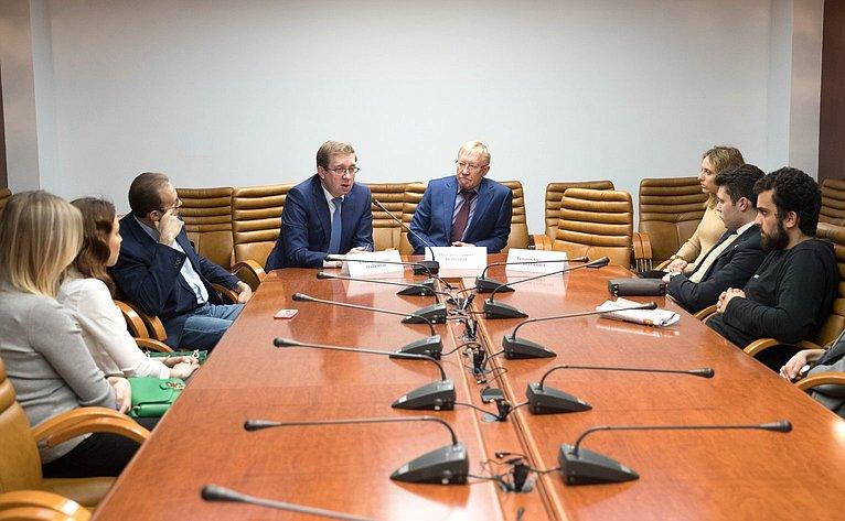Встреча О. Морозова иА. Майорова состудентами