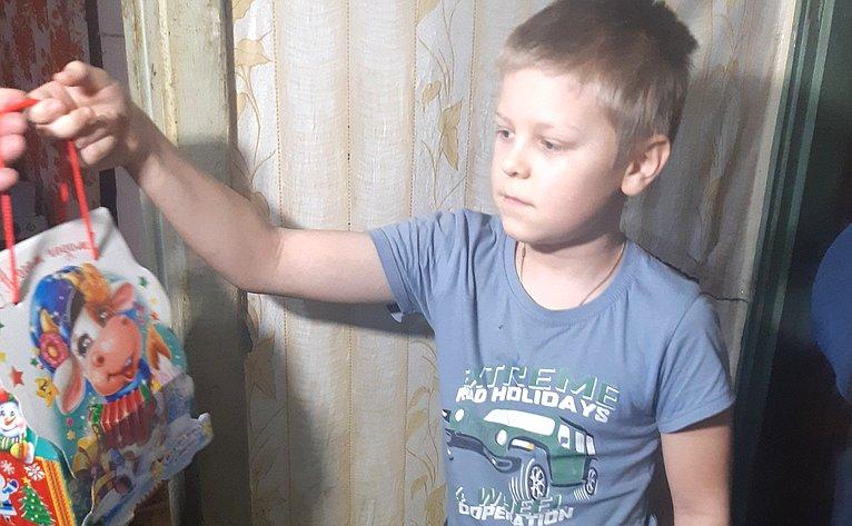 Сергей Лукин принял участие вакции «Елка желаний»