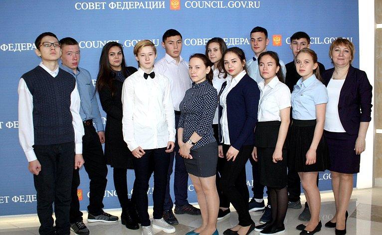 Валентина Зганич пригласила вМоскву делегацию учащихся школы-интерната имени А.П. Пырерки Ненецкого автономного округа