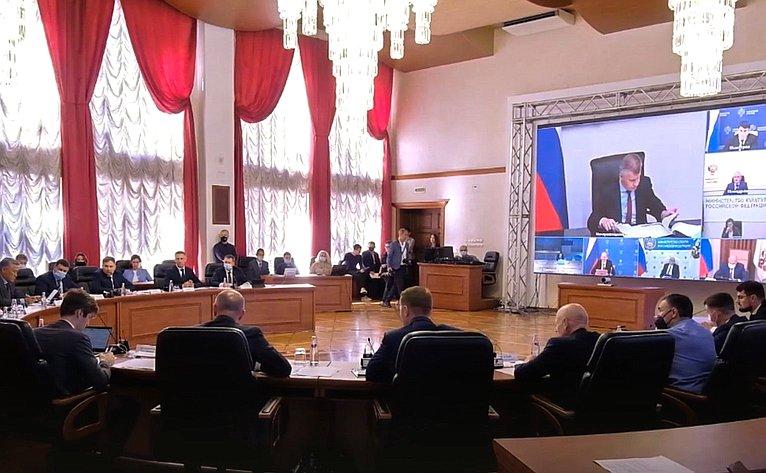 Юрий Валяев принял участие вторжественной церемонии открытия памятника «Фронтовой медсестре»