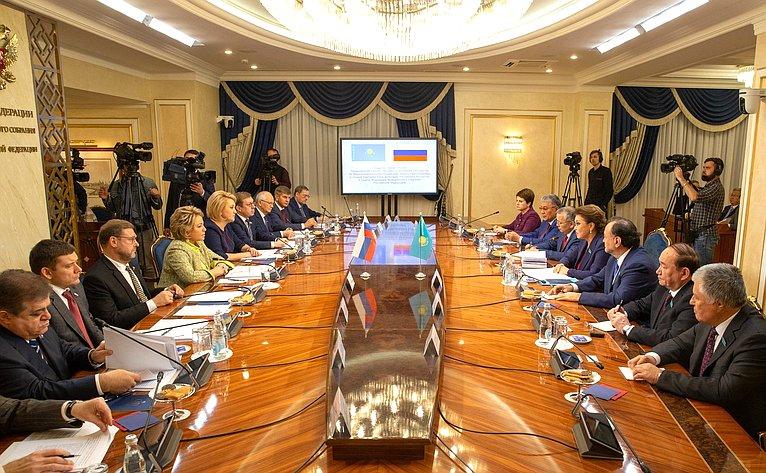 Встреча В. Матвиенко сПредседателем Сената Парламента Республики Казахстан Д. Назарбаевой