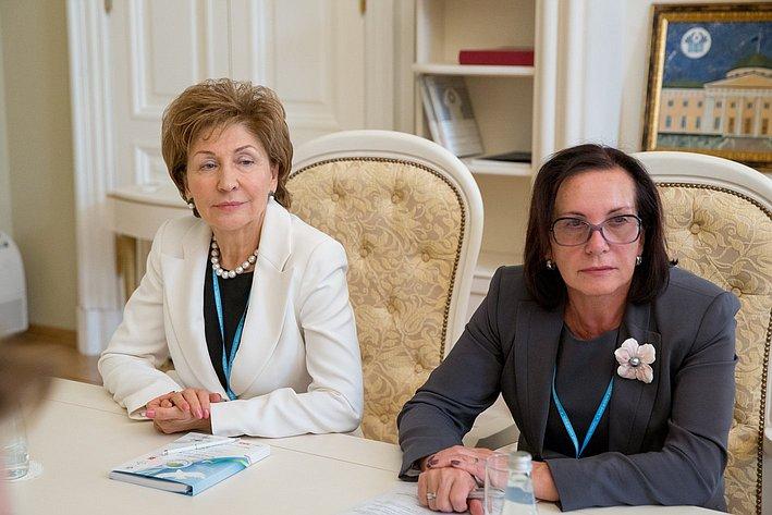 Встреча В. Матвиенко с председателем Национальной ассамблеи по делам женщин и семейно-демографической политике при Президенте Казахстана