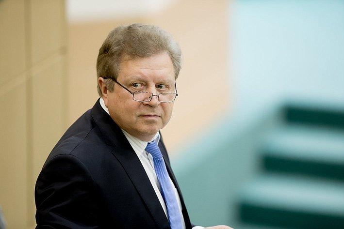 369-е заседание Серебренников