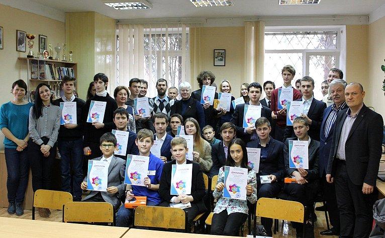 Ольга Тимофеева посетила финальный день защиты научно-исследовательских работ учеников Малой академии наук
