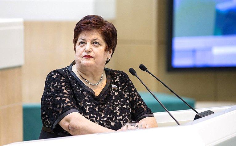 Л. Козлова