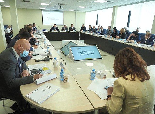 ВКалужской области состоялось выездное заседание Комитета СФ побюджету ифинансовым рынкам