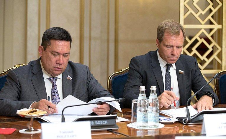 Владимир Полетаев иАндрей Кутепов