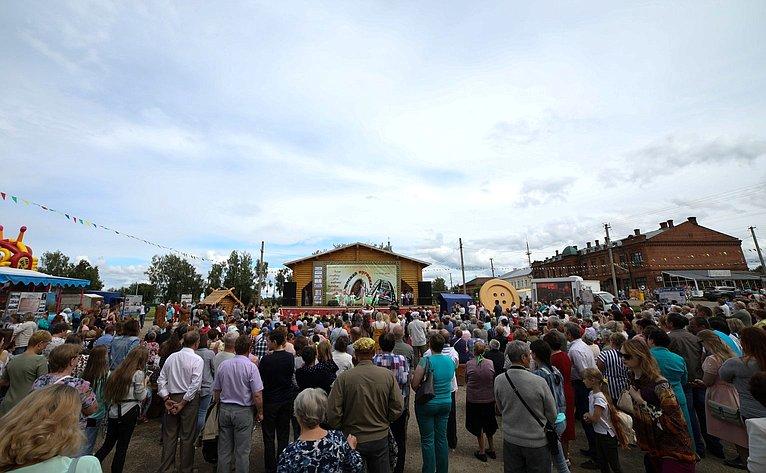 ВКостромской области суспехом прошел III Фестиваль «Чухломская пуговка»