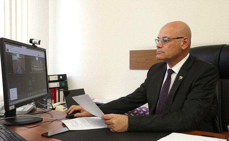 Владимир Круглый принял дистанционное участие вгибридном заседании Комиссии Парламентской ассамблеи Совета Европы (ПАСЕ) посоциальным вопросам, здравоохранению иустойчивому развитию