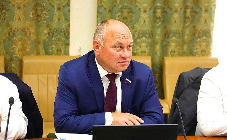 Алексей Кондратенко
