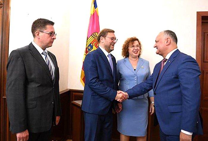 Встречи российской делегации сИгорем Додоном