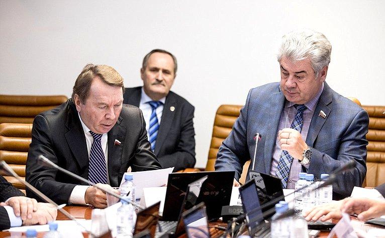 Владимир Кожин иВиктор Бондарев