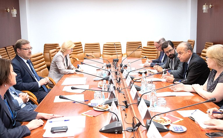 Встреча К. Косачева сзаместителем Генерального секретаря Европейской внешнеполитической службы пополитическим вопросам Жаном-Кристофом Бельяром